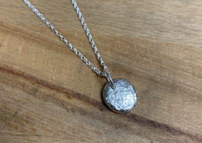 Silver nugget pendnat
