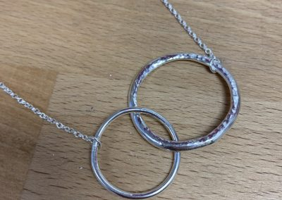 Interlocking pendant